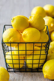 Fresh Lemons for Lemon Tart recipe